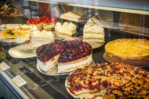 Torten kuchen for Kuchen zusammenstellen programm